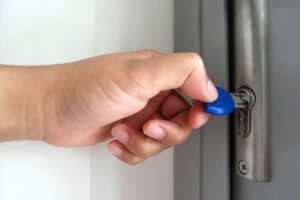 Can a landlord charge for changing locks-realestateke.com